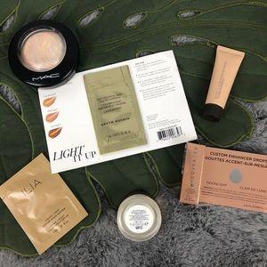 Powder, Cream and Liquid Highlighter Bundle